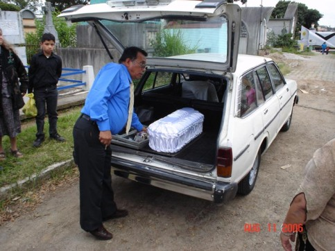 Lauren's tiny coffin arriving at the cemetery